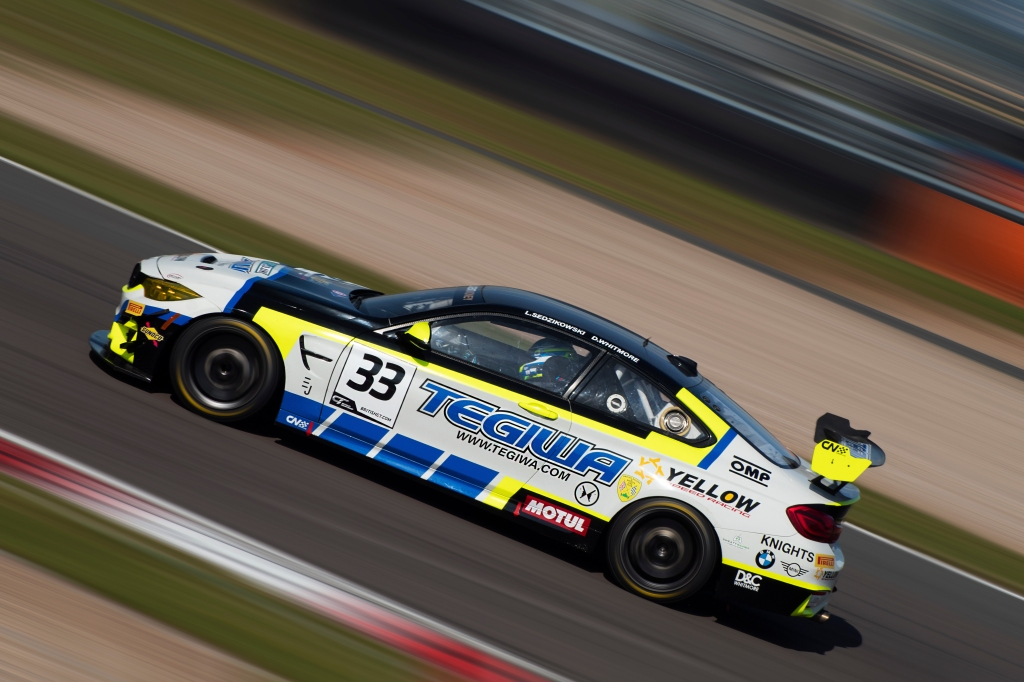 Century Motorsport's BMW M4 GT4 powers away from the Fogarty chicane.