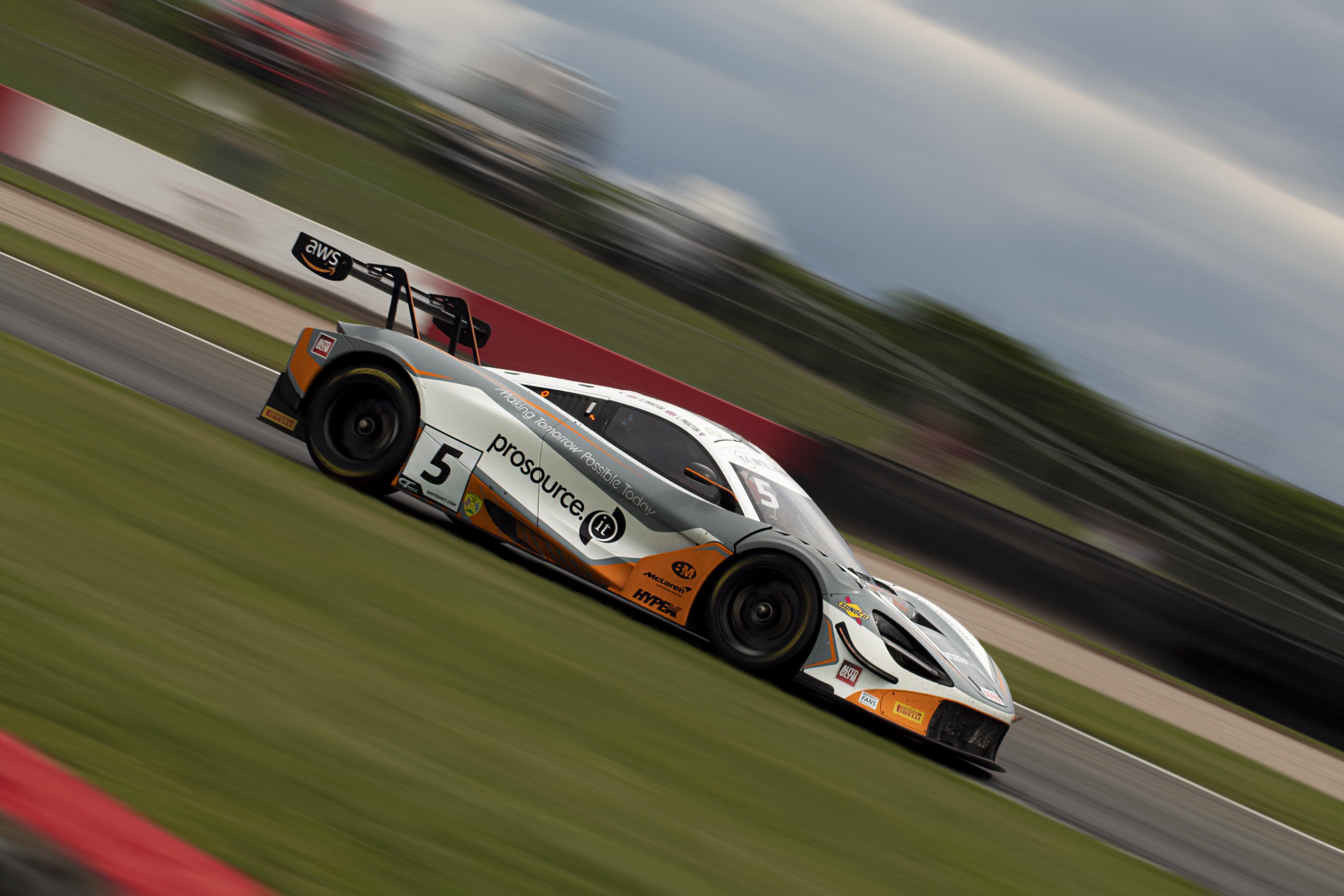 Balfe Motorsport's McLaren 720S GT3 runs through Coppice.