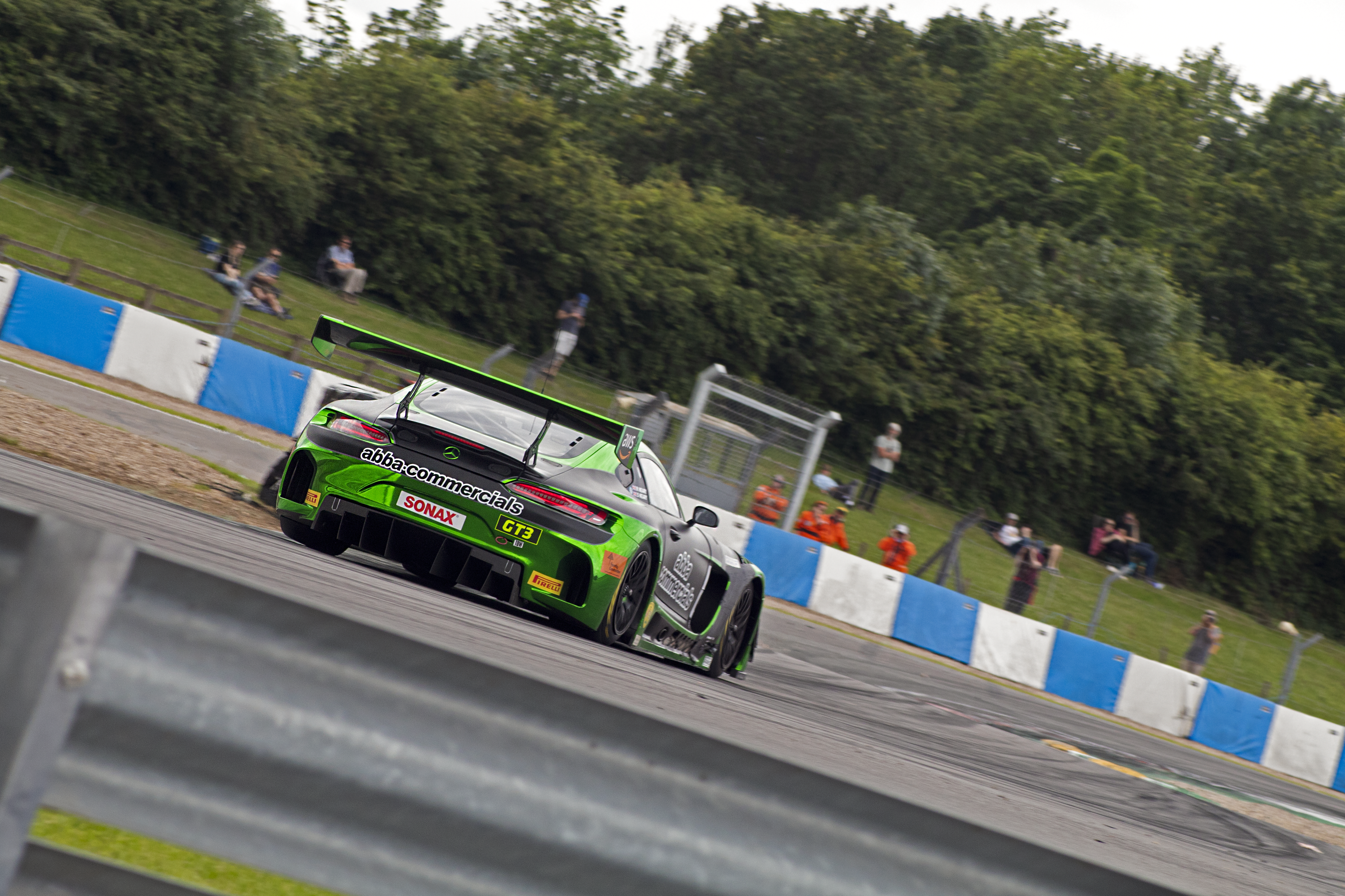 Sam Neary sends his Mercedes-AMG GT3 into the Esses.